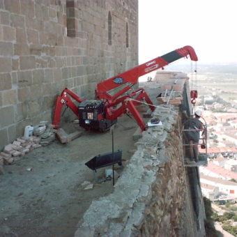 Castle Monzon (2)